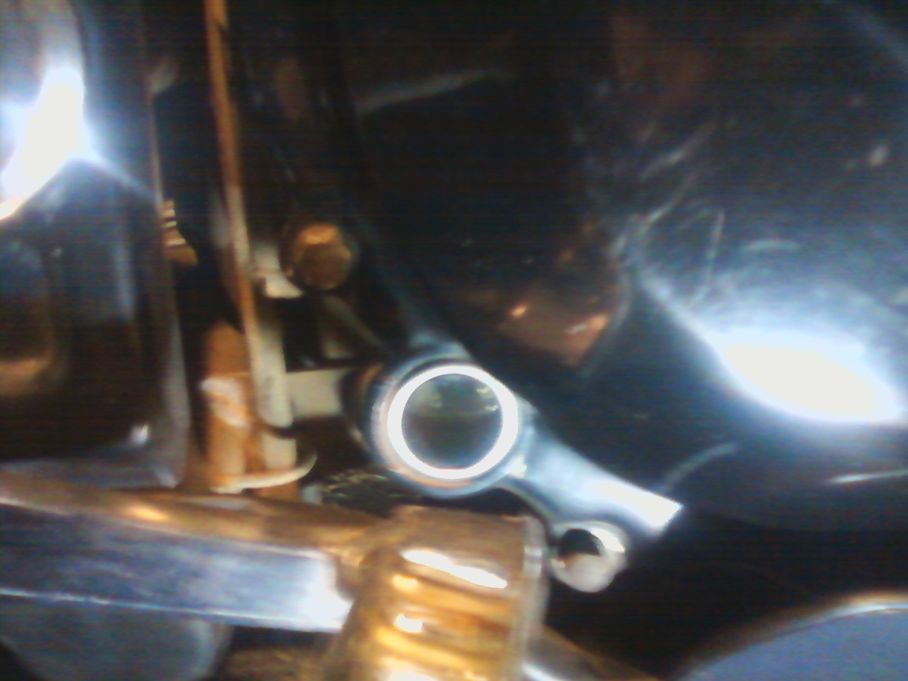 Proper oil level in motorcycle sight glass life on